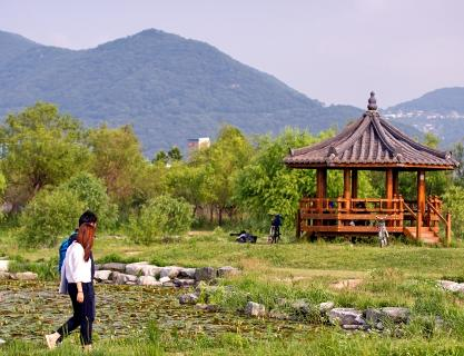Samnak Eco Park with different charms throughout the four seasons