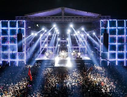 A midsummer night's passion soaked in music! Busan International Rock Festival